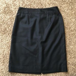 J. CREW Super 120's Black Wool Skirt Size 4